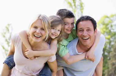 Family2_380x250